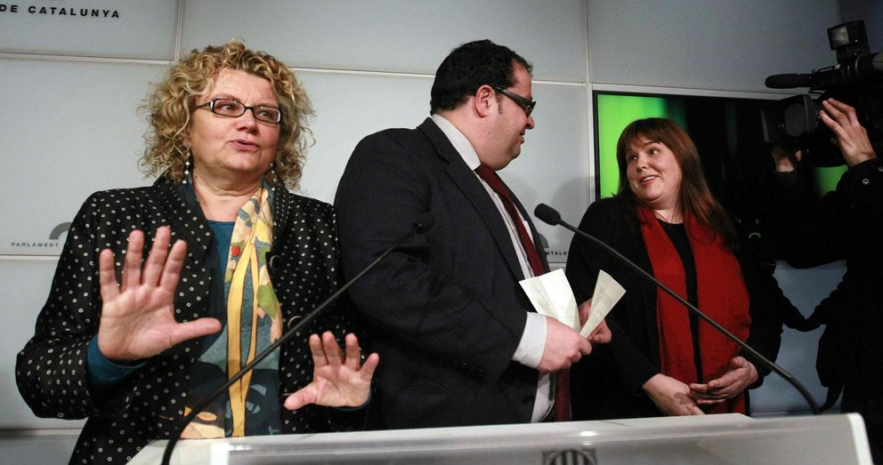 Marina Geli (i), Joan Ignasi Elena (c) y Núria Ventura. (EFE)