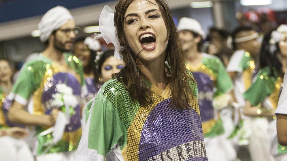 Foto: Brasileña desfila en el Carnaval de Sao Paulo en Brasil. (EFE)