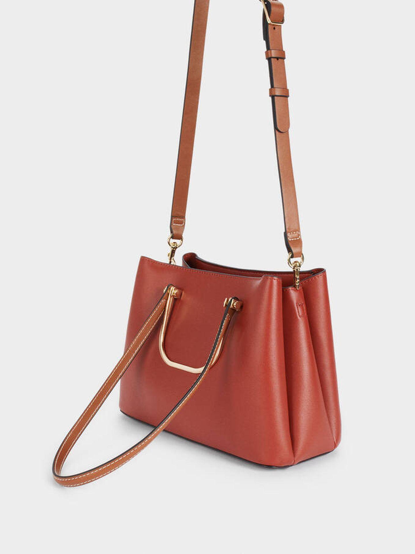 El nuevo bolso de Parfois en color teja. (Cortesía)