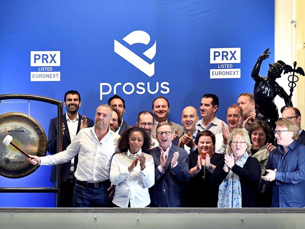 Foto: Los directivos de Prosus el día que salió a bolsa en 2019. (Reuters)