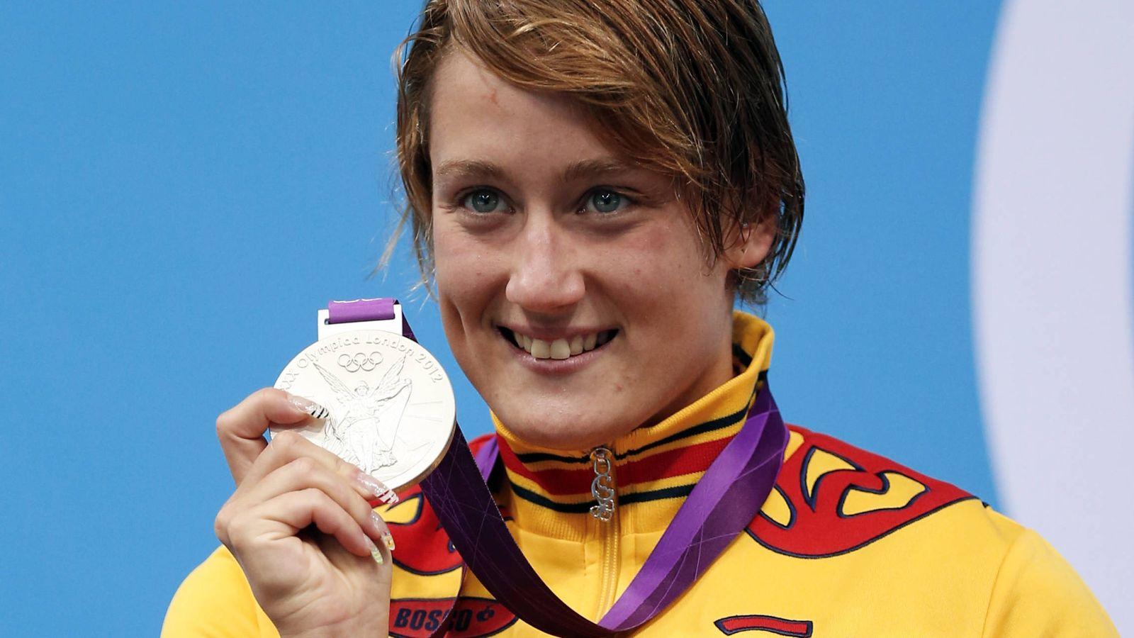 Foto: Mireia Belmonte con su medalla de plata en los Juegos Olímpicos de Londres 2012 (Jorge Silva/Reuters)