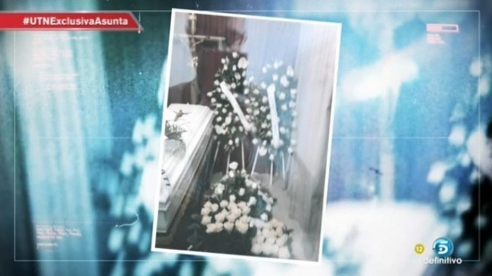 El padre de Asunta Basterra se hizo un 'selfie' ante el féretro de su hija