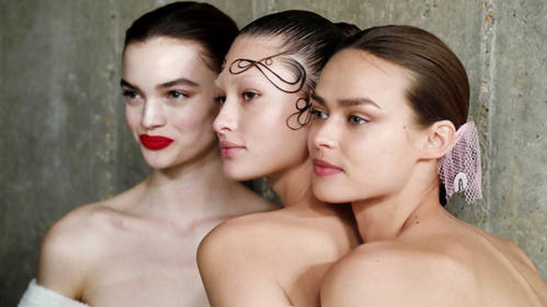 Cómo preparar la piel para los primeros signos de la edad. (Imaxtree)