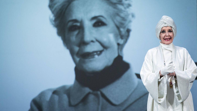 Una de las representaciones de 'El funeral', con Concha Velasco. (Getty)
