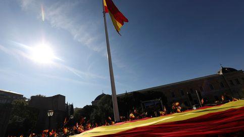 Vox llena Colón contra el separatismo y critica el silencio cómplice de PP, Cs y PSOE