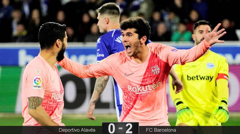 Foto: Aleñá celebra su gol contra el Alavés, el primero del Barcelona. (Reuters)