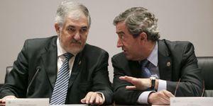 Conde-Pumpido niega haber asesorado a EEUU y los Couso piden su dimisión