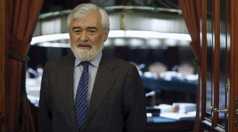 Foto: Dario Villanueva, nuevo director de la Real Academia Española. (EFE)