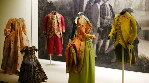 35º y sin aire acondicionado: el Museo del Traje se ve obligado a cerrar sus puertas