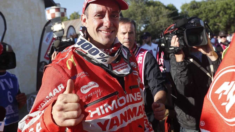 Farrés, de mochilero de Marc Coma a subir al podio del Dakar con una moto no oficial