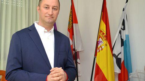 El único alcalde rumano de España repite mayoría absoluta en un pueblo palentino