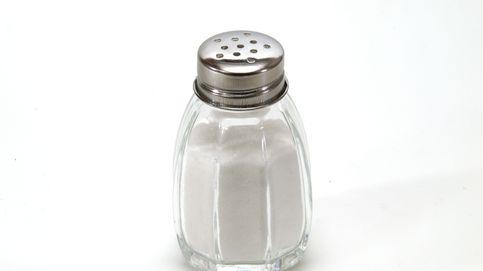 Tomar poca sal podría ser tan malo como pasarse con el salero, según un estudio