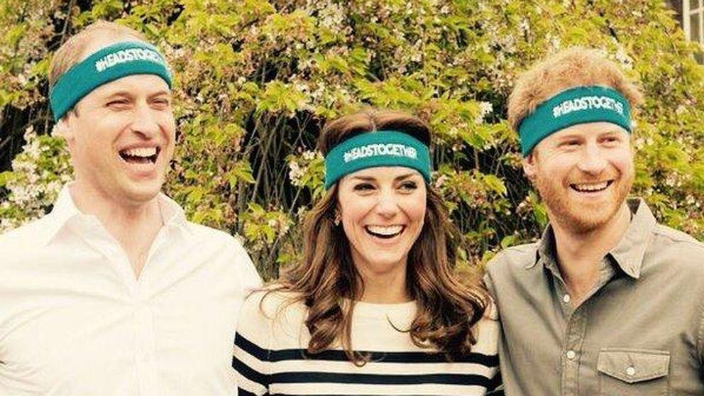 Kate Middleton saca su lado más divertido 'escoltada' por dos príncipes
