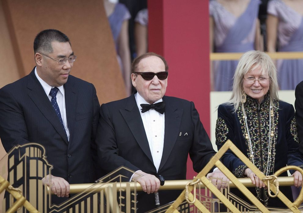 Foto: El magnate estadounidense Sheldon Adelson, en el centro (EFE).