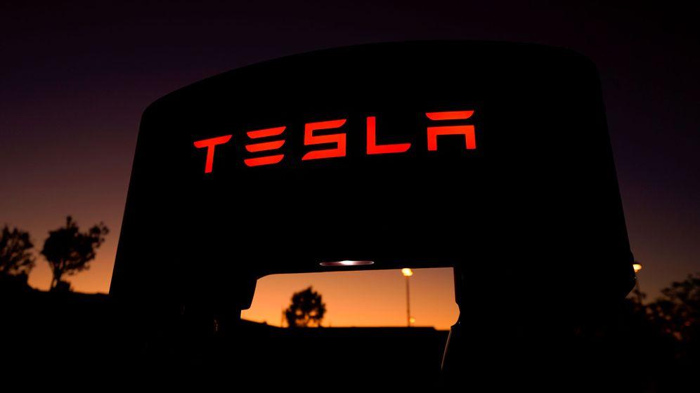 Foto: Cargador de Tesla en California. (Reuters)