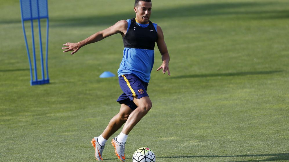 Foto: Pedro durante un entrenamiento con el FC Barcelona (Efe)