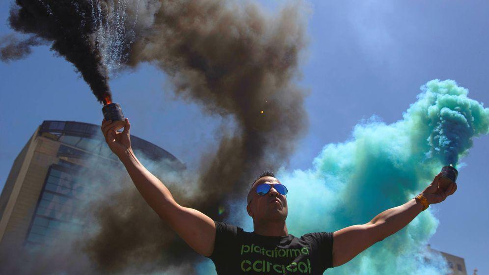 Foto: Nacho Jiménez, 'Peseto Loco', uno de los líderes radicales en defensa del taxi detrás de las movilizaciones que el sector prepara para el 29-N. (Reuters)