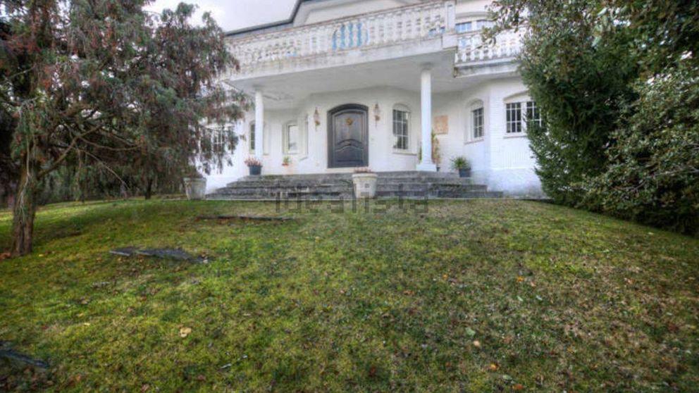 Te enseñamos por dentro la casa que Manuel Moix ha puesto a la venta por 570.000 euros