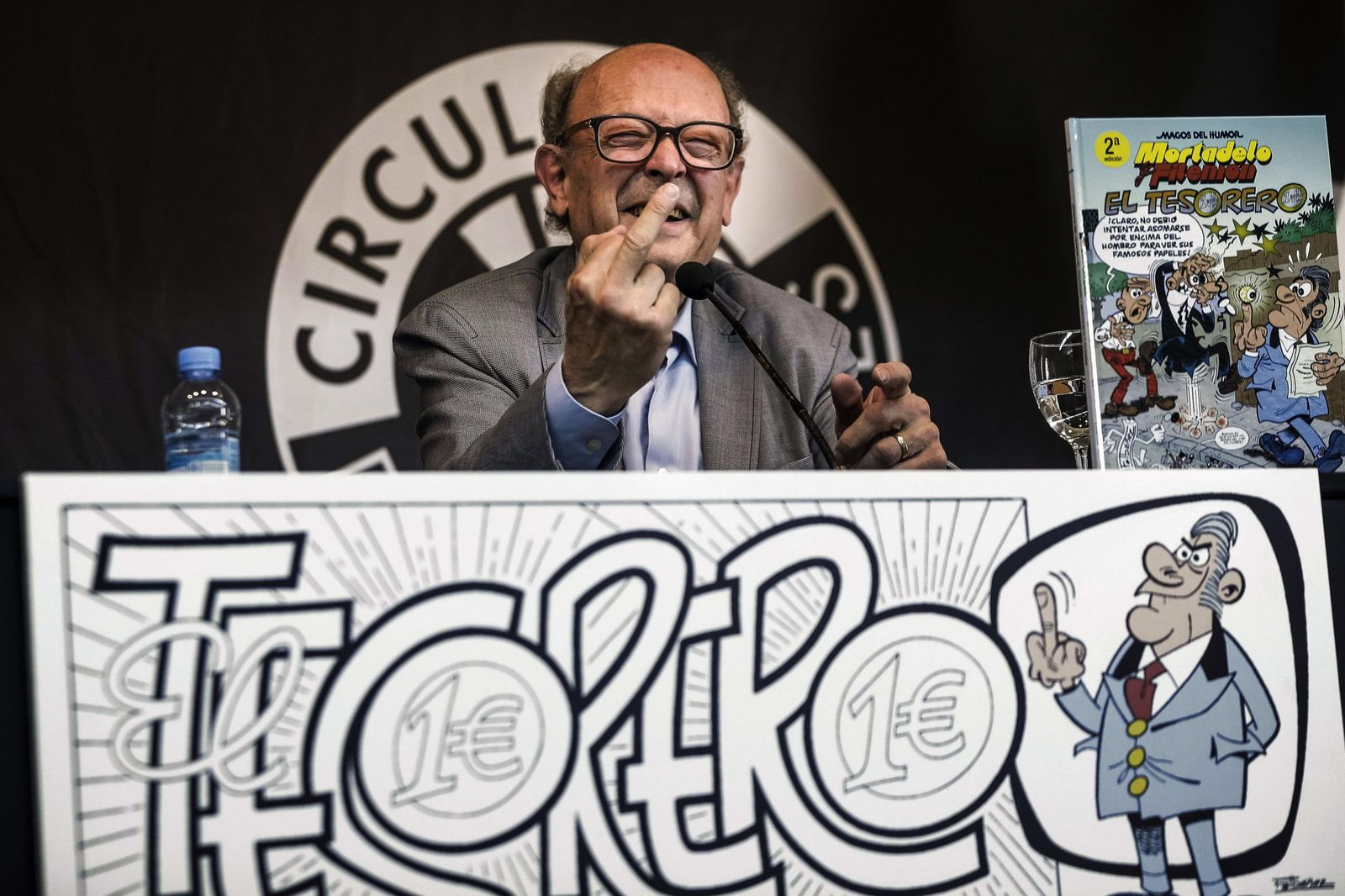 Foto: Francisco Ibáñez en la presentación de su nuevo cómic (EFE)
