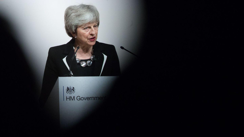 La primera ministra británica, Theresa May, en la Conferencia de Crecimiento y Oportunidades Jordanas, en Londres. (EFE)
