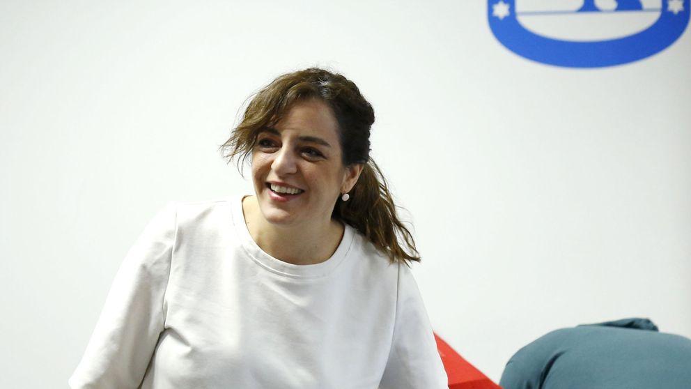Carmena cesa al director general de Programación para salvar a Celia Mayer
