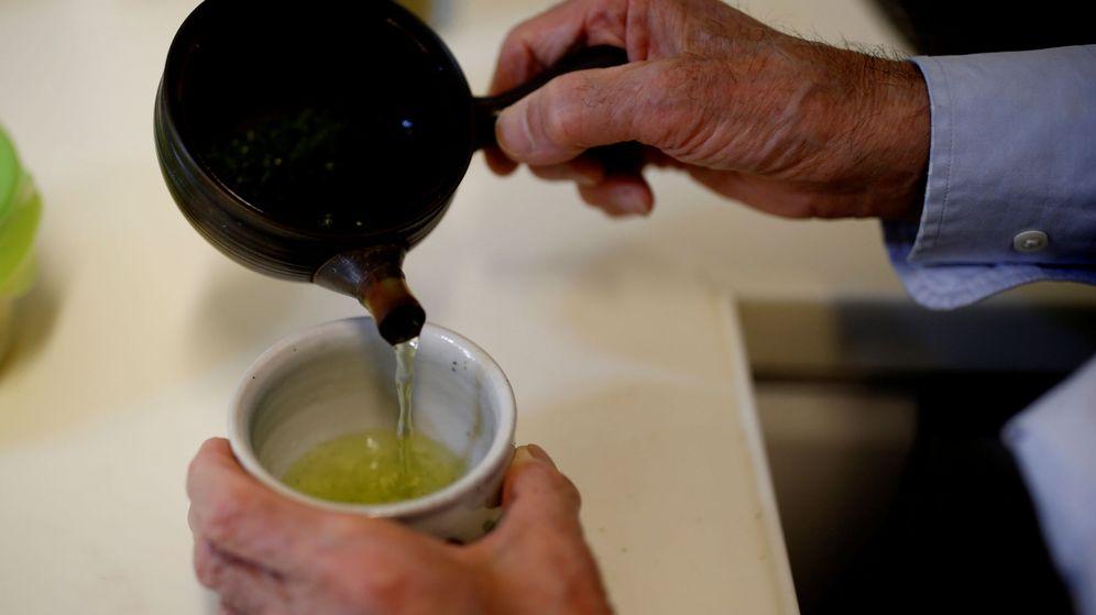 Foto: Los investigadores recomiendan evitar las bolsas de té de plástico (Reuters/Kim Kyung-Hoon)