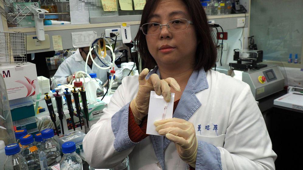 Foto: Investigadores de Taiwán desarrollan un test de anticuerpos de coronavirus. (EFE)