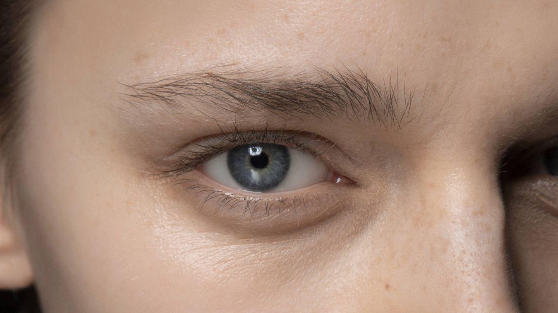 Objetivamente, la mirada es una de las zonas del rostro más castigadas. (Imaxtree)