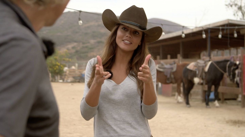 Lara Álavarez, tras montar a caballo en 'Planeta Calleja'. (Cuatro)