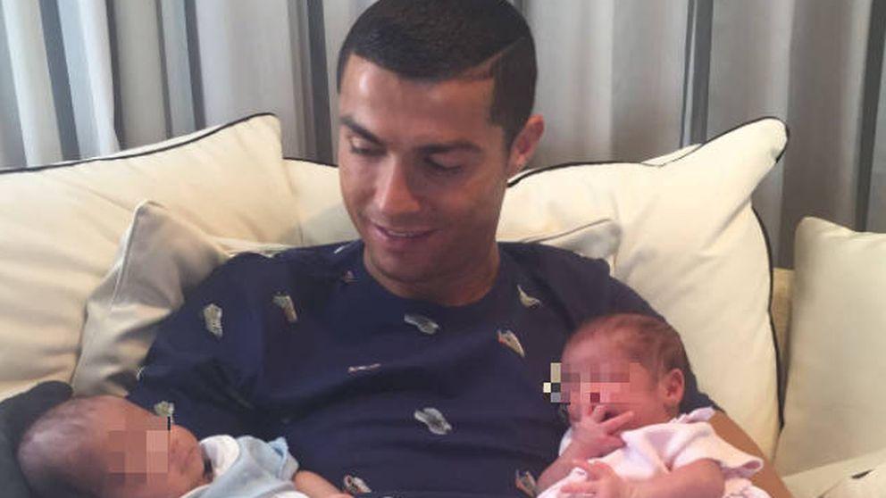 Cristiano Ronaldo presenta oficialmente a sus mellizos, Eva y Mateo