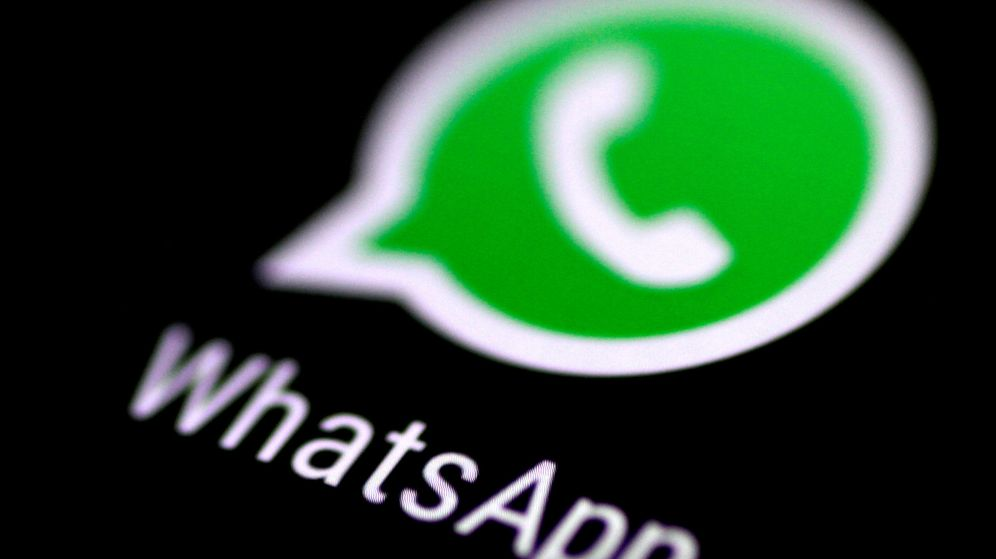 Foto: File photo: the whatsapp messaging application is seen on a phone screen