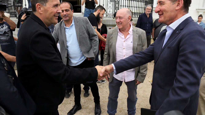 El lucrativo negocio de ser mediador: 300.000 euros y con 'tarifa de amigo'