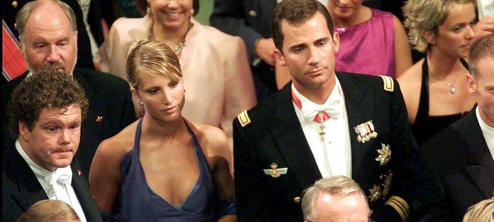 Foto: Eva Sannum y el príncipe Felipe en agosto de 2001 (Gtres)