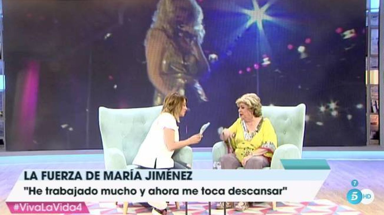 Una imagen de la entrevista de María Jiménez hace unos años. (Telecinco)