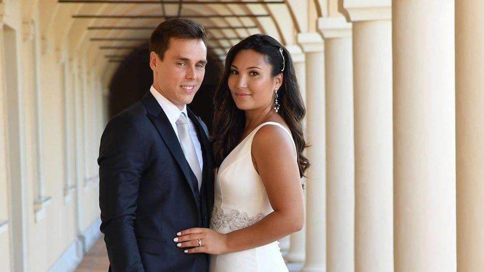 Foto: Louis Ducruet y Marie Chevallier, tras su ceremonia civil. (Rosa Clará)