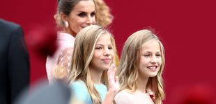 Post de ¿Quién viste a la princesa Leonor y la infanta Sofía? Su ropa, un secreto de Estado