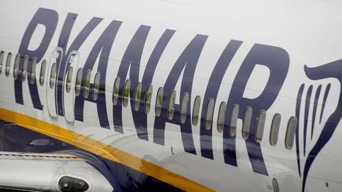 Los pilotos de Ryanair amenazan con huelga en España ante el despido de un centenar