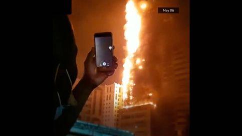 Un incendio arrasa un rascacielos de 49 plantas en los Emiratos Árabes