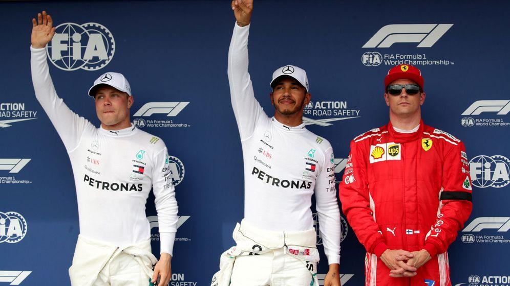 Foto: Hamilton consiguió la pole por delante de Bottas y Raikkonen. (REUTERS)