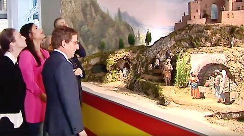 El PP pone la bandera de España en el belén... por un error
