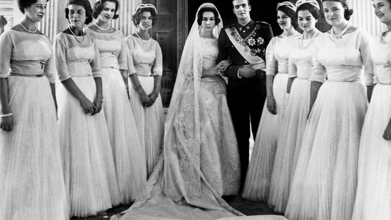 El destino de las 8 damas de honor de la boda de don Juan Carlos y doña Sofía