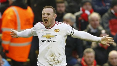 Rooney aplaca las críticas y da una victoria inmerecida al United en Anfield