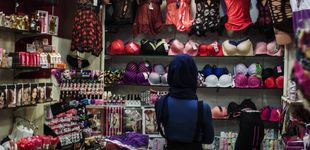 Post de Bragas rojas y medias de rejilla en las tiendas: Mosul celebra el fin del yugo yihadista