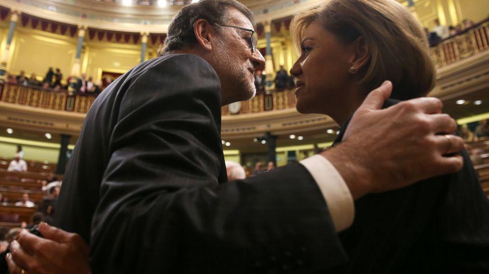 Foto: María Dolores de Cospedal y el presidente del Gobierno, Mariano Rajoy. (Reuters)