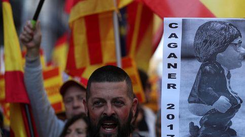 12.000 personas salen a la calle en Barcelona para mostrar su apoyo a la Constitución