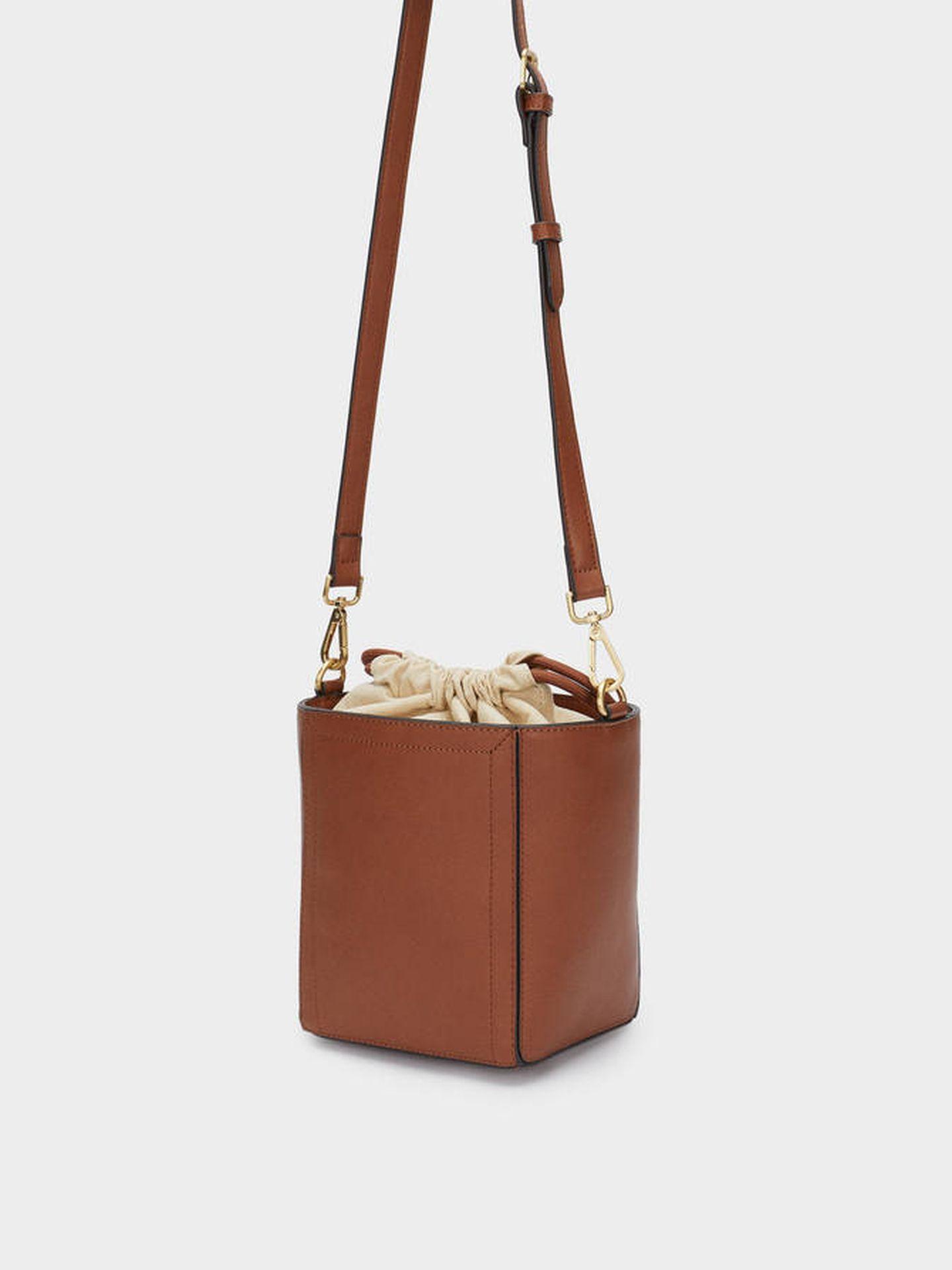 El bolso bombonera de Parfois. (Cortesía)