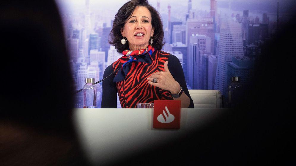 Foto: La presidenta de Banco Santander, Ana Botín, en un acto de la entidad. (EFE)