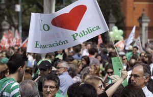 Profesores y alumnos convocan una huelga educativa en octubre
