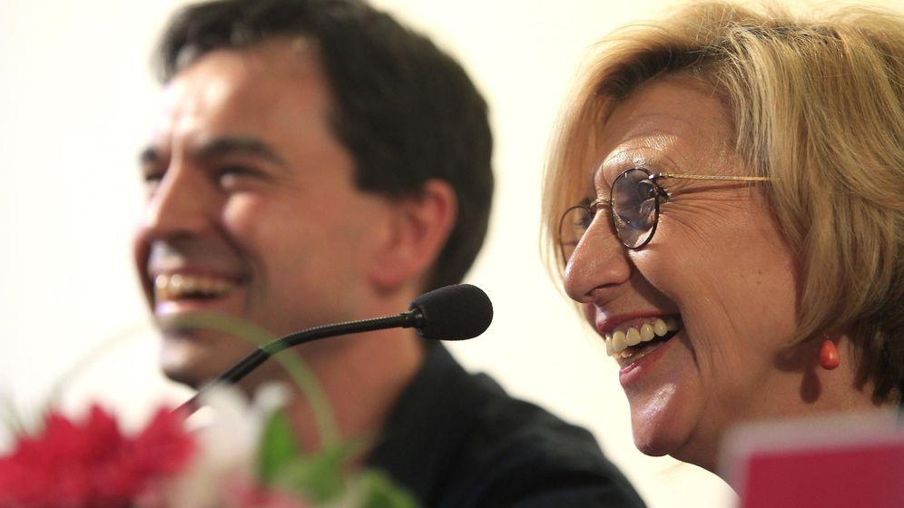Foto: El candidato de UPyD, Andrés Herzog, y la portavoz del partido en el Congreso, Rosa Díez (EFE)