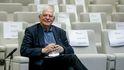 El boyante patrimonio de Josep Borrell, un alto cargo que destaca en el BOE